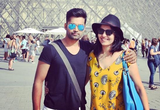 IPL में धूम मचाने के कारण मिली थी इस खिलाड़ी को करोड़पति पत्नी, लेकिन अब आईपीएल से ही हुआ बाहर
